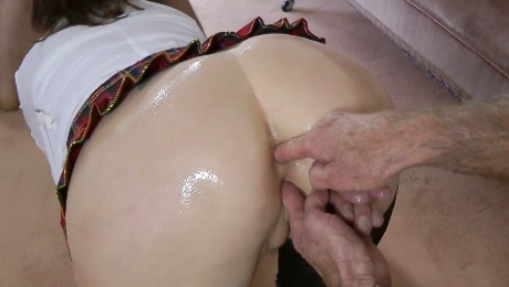 This European MILF just loves to get it on with older people